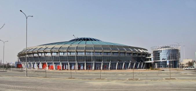 Современные арены со стеклянными фасадами