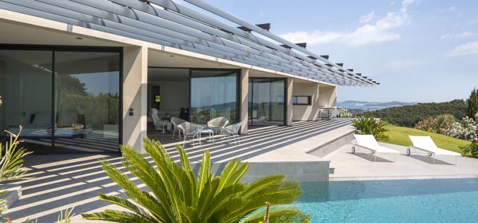 Винсент Косте и его треугольный дом А3 с панорамным видом на Францию