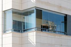 Безрамное остекление балкона, лоджий и террас