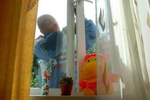 Как открыть металлопластиковое окно снаружи
