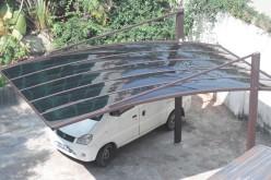 Автонавес из поликарбоната — отличная идея для создания парковки