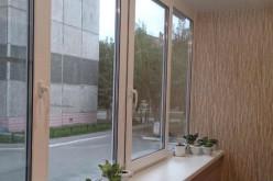 Тёплое остекление лоджии. Секреты выбора и установки пластиковой рамы из ПВХ-профиля для балкона